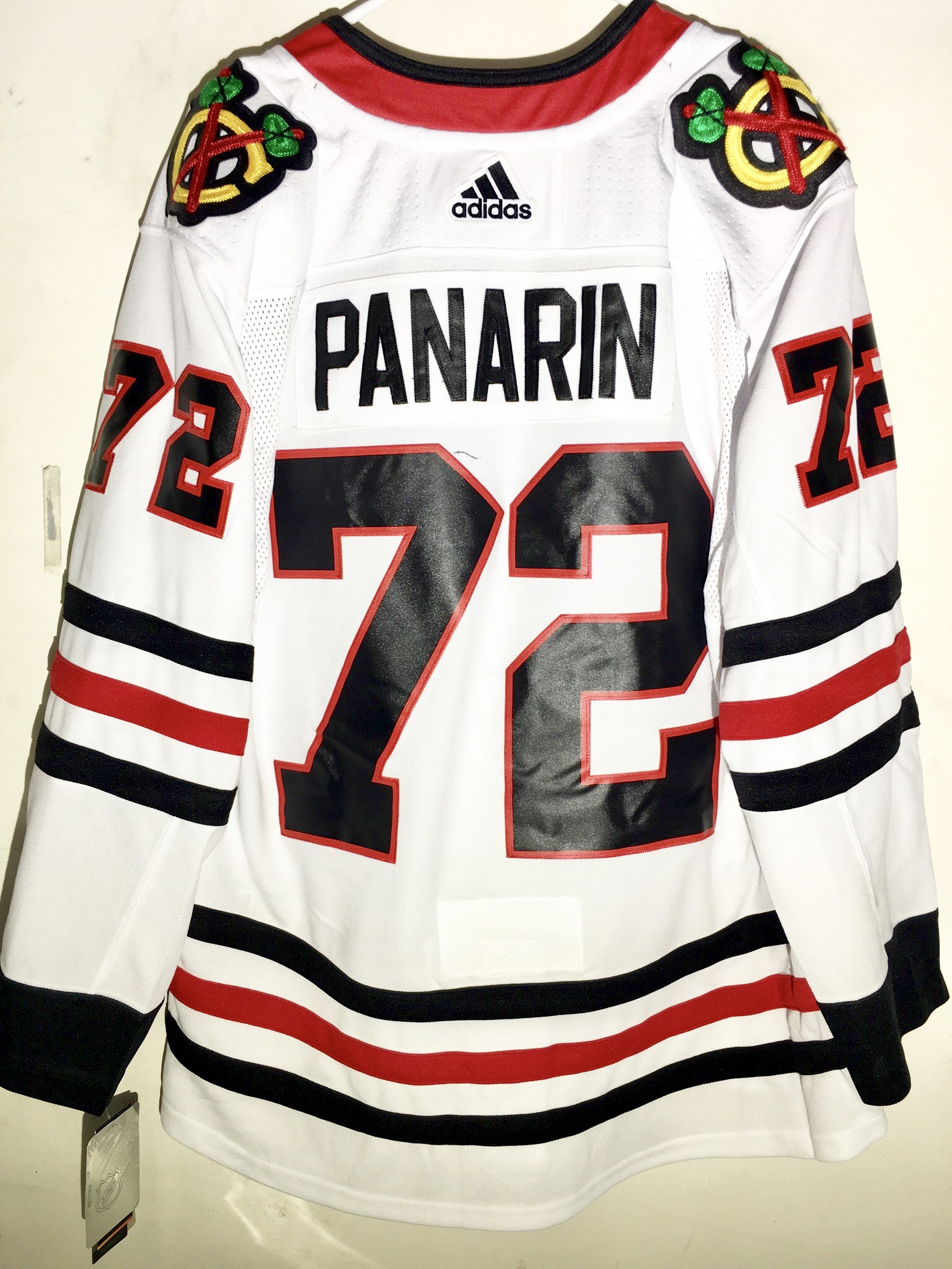 artemi panarin blackhawks jersey