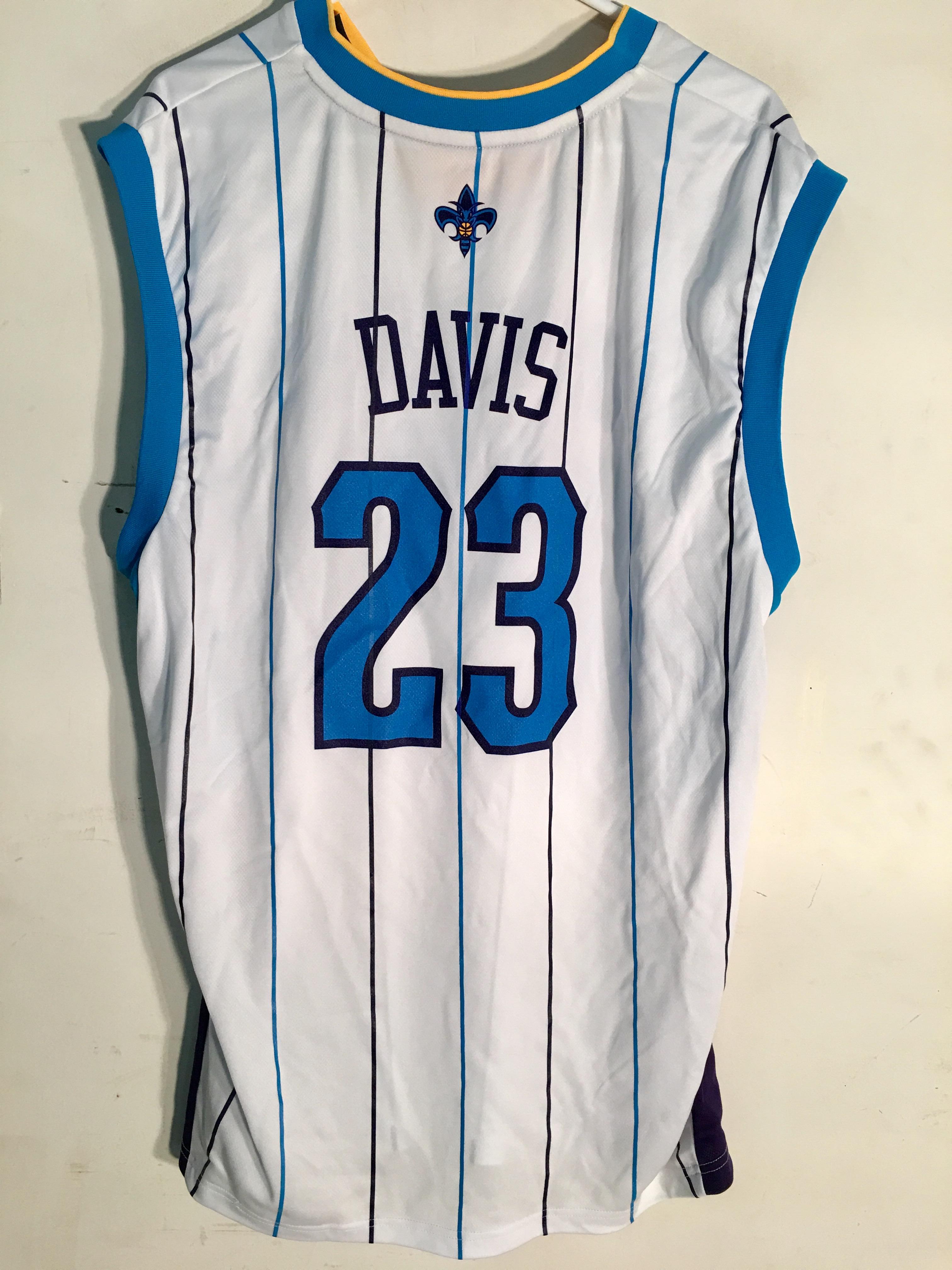 aee5bded5b3d Details about Adidas NBA Jersey New Orleans Hornets Anthony Davis White sz  2X